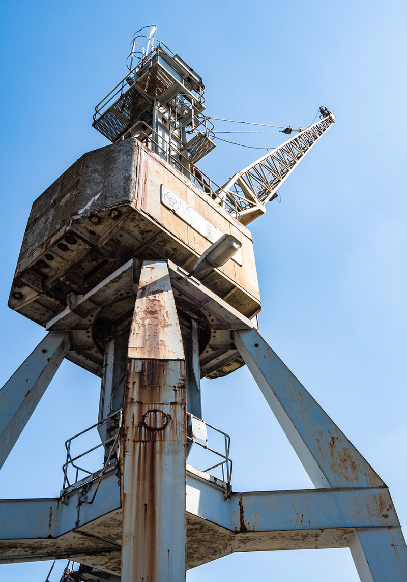 <p>Old harbor crane in the Hafenmuseum Hamburg, Germany.</p>