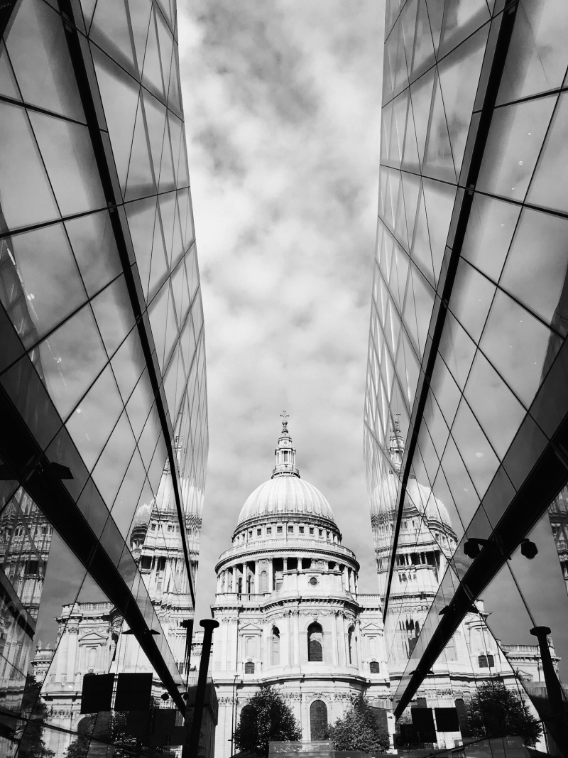 St. Pauls Cathedral, UK.<br>Seen from the One New Change Shopping mall.
